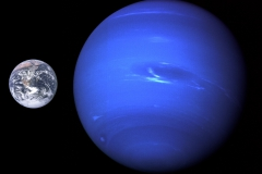 Neptune_Earth_size_comparison_2